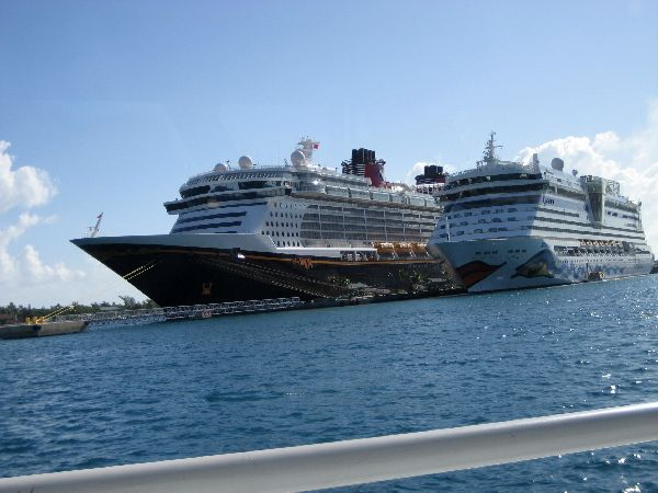 Disney Dream und AIDA